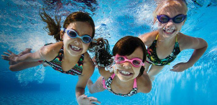 Ini Dia Pilihan Ear plug untuk Anak yang Hobi Berenang